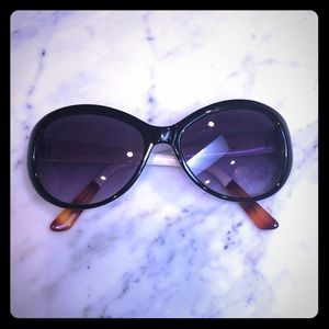 Cole Hana Sunglasses!